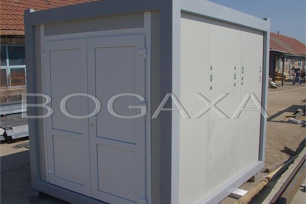 containere-14-20150508-1630188506FA09D3B9-F0B3-C0AA-2752-14316DA765F6.jpg