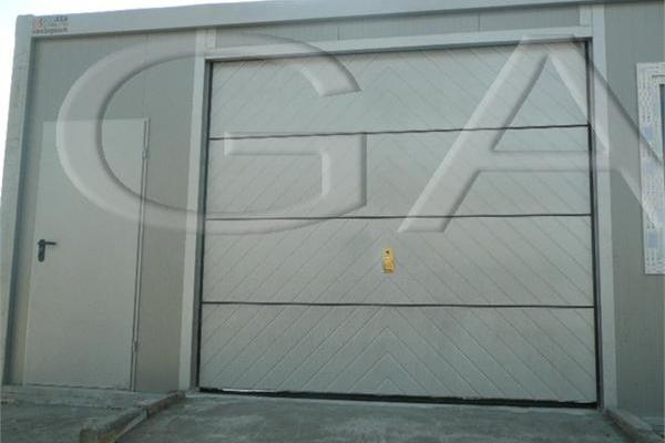 containere-79-20150508-1115653183E4A3C39A-5AFB-1F6D-2698-8A9CAA9F8B66.jpg